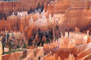 Walls of hoodoos